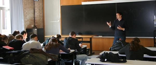 Clase de geograf a en la universidad de girona - Cursos universitarios madrid ...